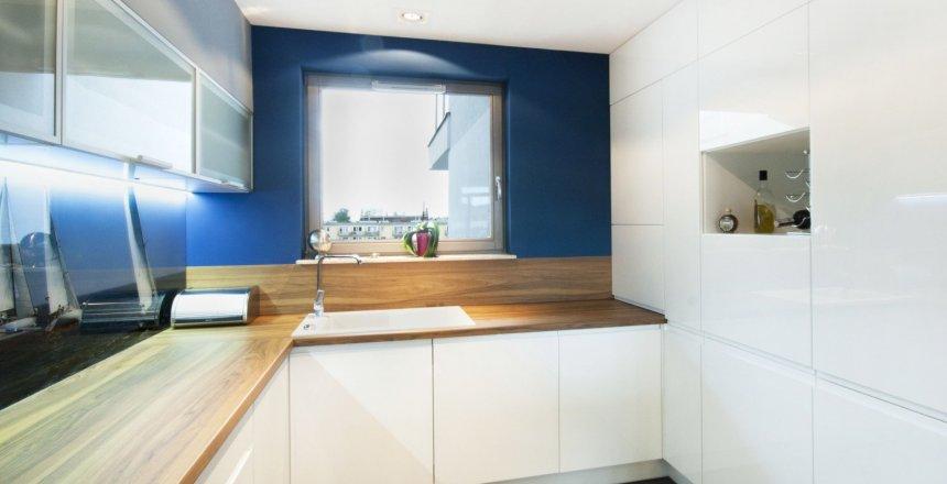 kuchnia-na-wymiar-bialo-niebieska-2