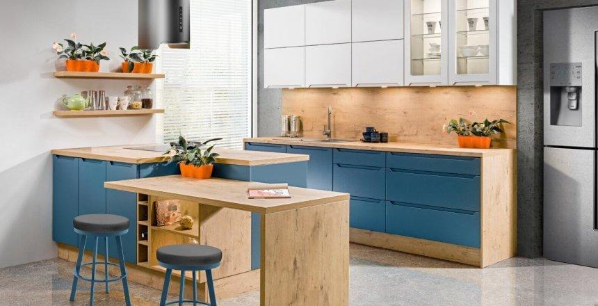 kuchnia-na-wymiar-bialo-niebieskie-fronty-1