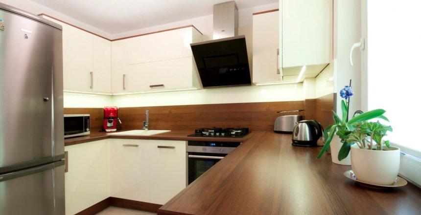 kuchnia-na-wymiar-brazowo-kremowy-panel-1