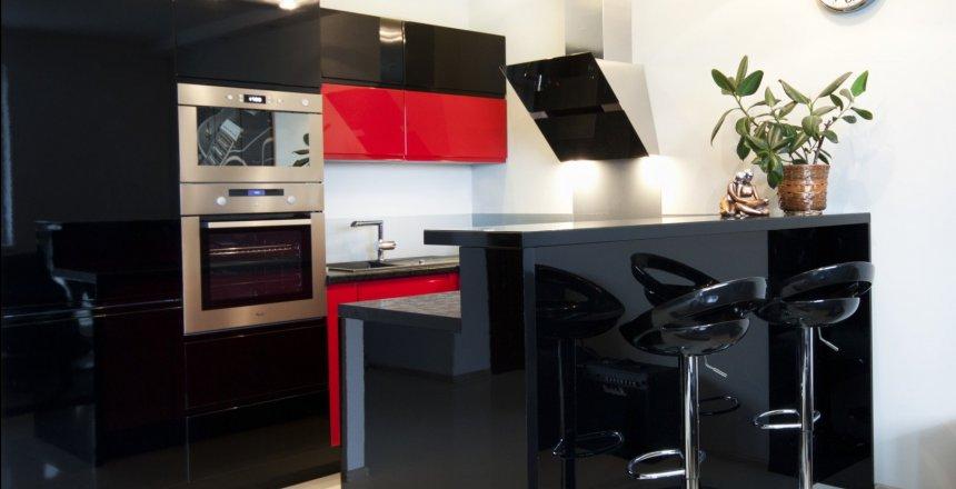 kuchnia-na-wymiar-czarno-czerwona-1