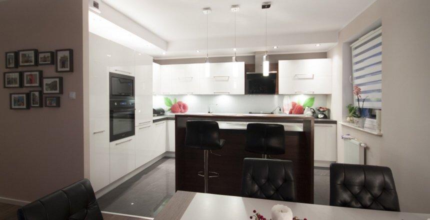 kuchnia-na-wymiar-panel-malina-2