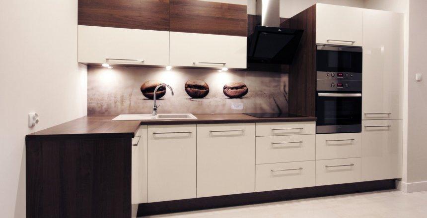 kuchnia-na-wymiar-panel-ziarenka-kawy-2.